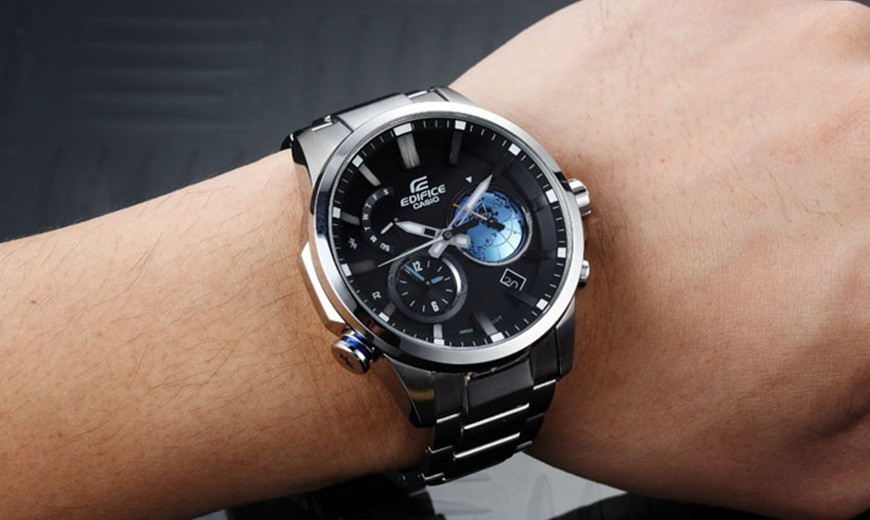 Mens fashion watches: Bluetooth and GPS